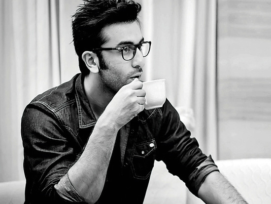 Ranbir kapoor to host a special show before IPL final