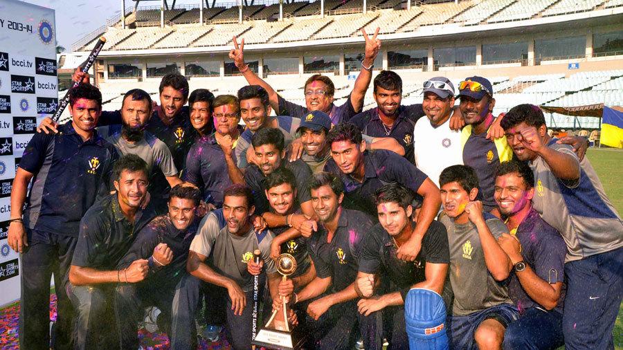 विजय हजारे ट्रॉफी- कर्नाटक और सौराष्ट्र के बीच दिखी कांटे की टक्कर, इस राज्य ने जमाया फाइनल जीत ट्राफी पर कब्जा