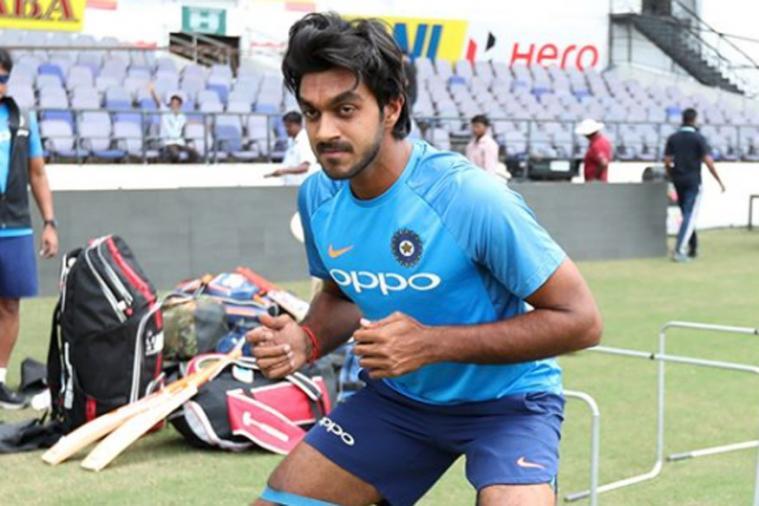 किसने क्या कहा : विजय शंकर को मिला अंतर्राष्ट्रीय क्रिकेट में डेब्यू करने का मौका, सोशल मीडिया पर दिखा जबरदस्त क्रेज 2