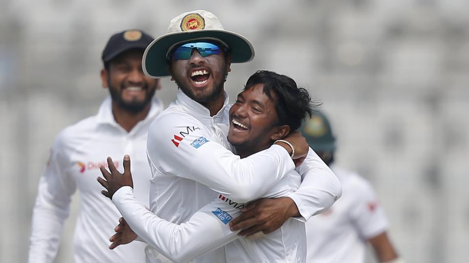 एशिया कप से पहले श्रीलंका को लगा बड़ा झटका, ये दिग्गज बल्लेबाज़ हुआ चोट की वजह से बाहर 23