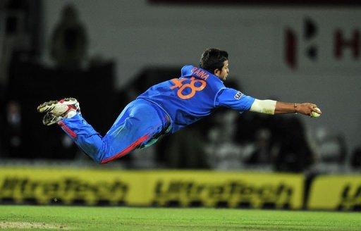 सुरेश रैना ने कल साउथ अफ्रीका के खिलाफ पहले ही टी-20 में किया कुछ ऐसा कि अब अगले 2 मैचो के लिए भारतीय टीम में जगह हुई पक्की 61