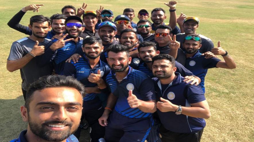 विजय हजारे ट्रॉफी- कर्नाटक और सौराष्ट्र के बीच दिखी कांटे की टक्कर, इस राज्य ने जमाया फाइनल जीत ट्राफी पर कब्जा 4
