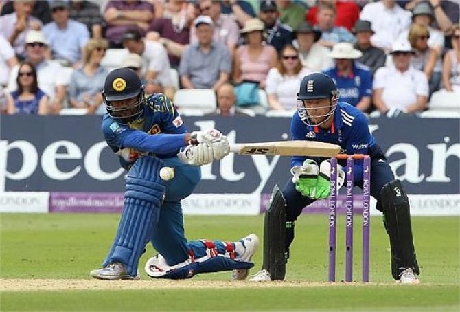 बड़ी खबर: अक्टूबर में एशियाई दौरे पर आएगी इंग्लैंड क्रिकेट टीम, सामने आया वनडे, टेस्ट और टी20 श्रृंखला का कार्यक्रम 3