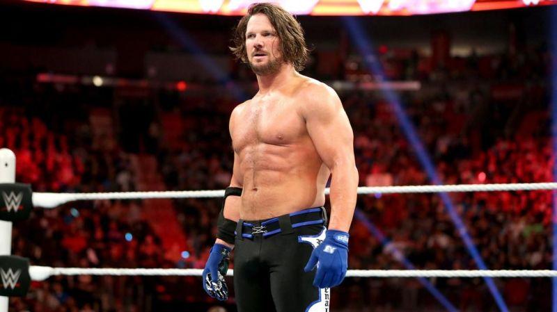 40 साल के ऊपर के होने के वाबजूद ये WWE सुपरस्टार दिखाते हैं उम्र को ठेंगा 22