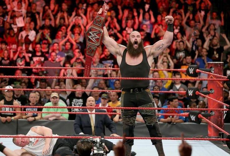 ये फैसले साबित करते हैं कि अब विन्स मैकमोहन को WWE की कमान शेन मैकमोहन को दे देनी चाहिए 3