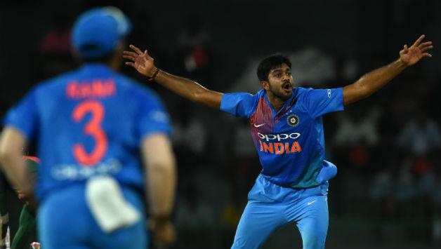 निदहास ट्राफी: करियर के दुसरे ही मैच में मैन ऑफ द मैच बनने के बाद हार्दिक पंड्या से तुलना करने वालो को विजय शंकर की फटकार, बोल गये ये बड़ी बात 6