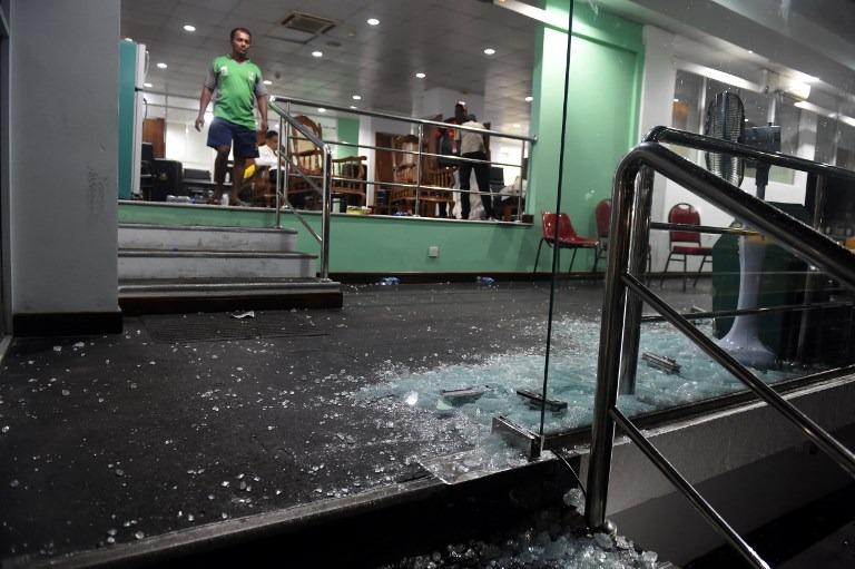 शर्मनाक: जीत के बाद बांग्लादेशी टीम ने तोड़ा ड्रेसिंग रूम का दरवाज़ा, घटना के बाद आईसीसी कर सकता हैं सख्त कार्यवाही