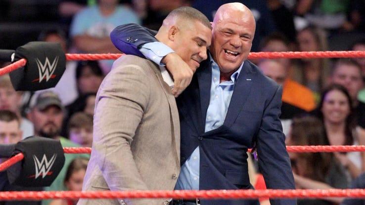 ये फैसले साबित करते हैं कि अब विन्स मैकमोहन को WWE की कमान शेन मैकमोहन को दे देनी चाहिए 4