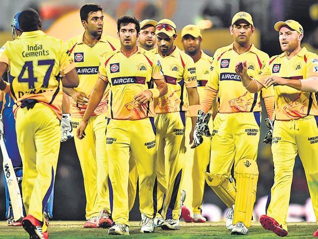 IPL 2018: चेन्नई सुपर किंग्स को धोनी की कप्तानी के साथ ये लकी खिलाड़ी जिताएगा आईपीएल, जिस टीम से खेलता है टीम बन जाती है उस साल विजेता