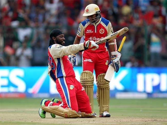 अजीबोगरीब रिकॉर्ड: आईपीएल के इतिहास में ये है दो ऐसे बल्लेबाज जिन्होंने 6 बॉल पर लगाई है 7 बाउंड्री, 1 भारतीय भी है शामिल