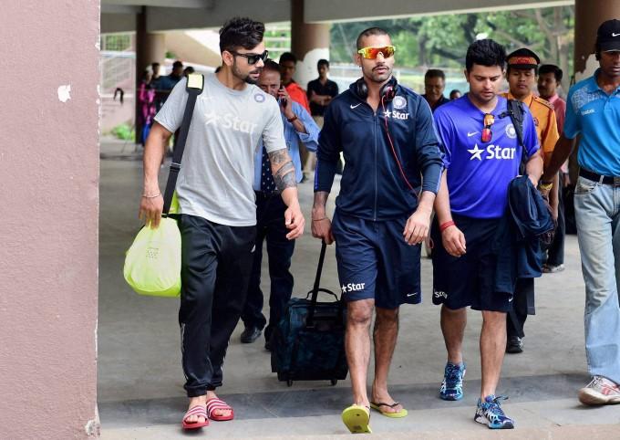 सुरेश रैना ने आईपीएल से पहले विराट कोहली और शिखर धवन के साथ शेयर की एक ऐसी तस्वीर जिसने तोड़े इंटरनेट पर आज के सभी रिकॉर्ड 7