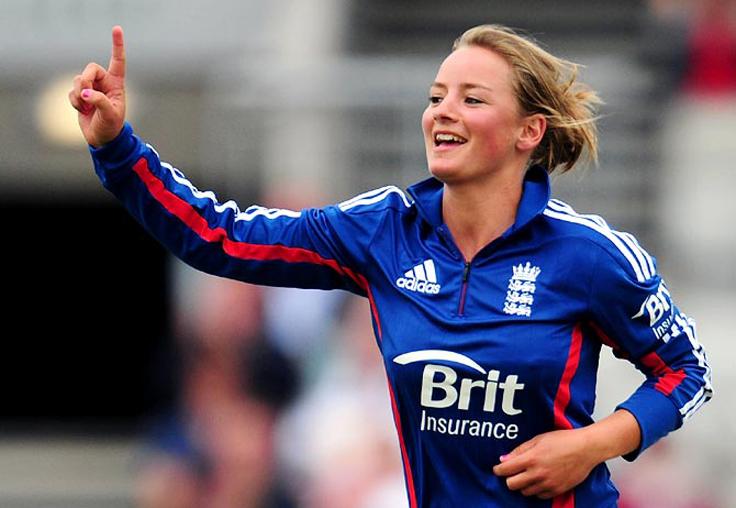 इंग्लैंड की स्टार क्रिकेटर डेनिएल वायट ने इस आईपीएल टीम को बताया अपनी पसंदीदा आईपीएल टीम 2