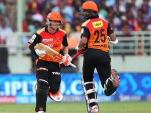 बुरी खबर: पंजाब से मिली हार के साथ ही हैदराबाद को लगा एक और झटका जाने कितने मैचो से बाहर रहेंगे शिखर धवन 4