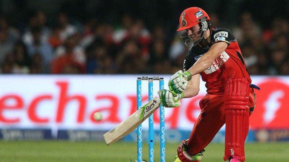 IPL 2018: आईपीएल से पैसा कमाने के मामले में धोनी और रोहित से बहुत पीछे हैं विराट 3