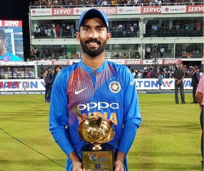 मैच जीताऊ पारी खेलने के बाद सोशल मीडिया पर दिनेश कार्तिक ने बड़े ही भावुक अंदाज में किया अपनी ख़ुशी का इजहार 30