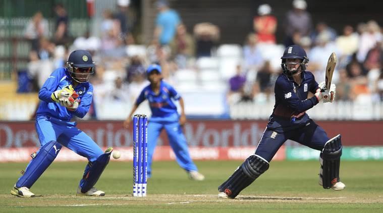26 साल की इस भारतीय महिला गेंदबाज के सामने घुटने टेकी इंग्लैंड, भारत ने दी 8 विकेट से करारी शिकस्त 1