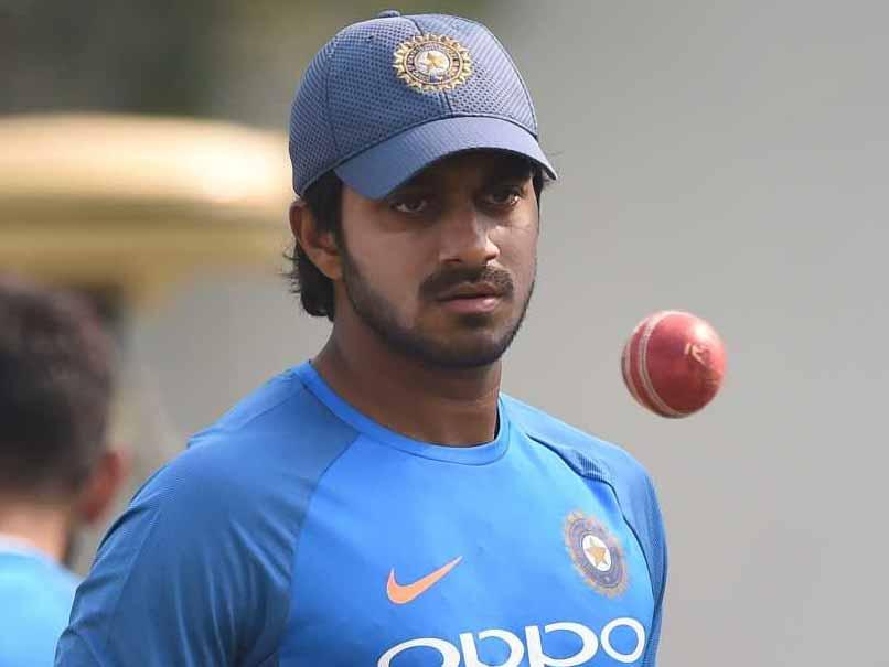निदहास ट्राफी: करियर के दुसरे ही मैच में मैन ऑफ द मैच बनने के बाद हार्दिक पंड्या से तुलना करने वालो को विजय शंकर की फटकार, बोल गये ये बड़ी बात 3