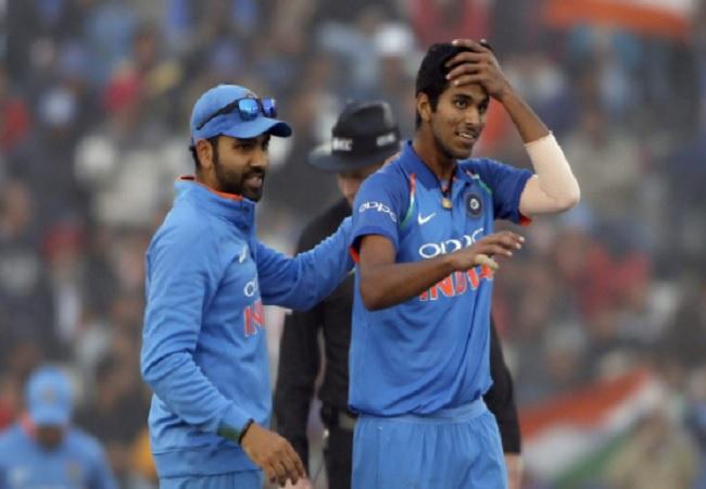 INDvsWI : वेस्टइंडीज के बल्लेबाज ट्विटर पर छाएं, कैच छोड़ने के चलते वाशिंगटन सुंदर का उड़ रहा मजाक 23