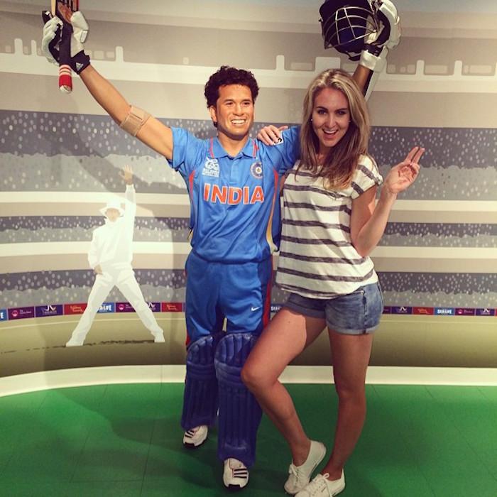 PHOTOS : आईपीएल 2018 में खूबसूरती के मामले पर मयंती लैंगर को भी मात दे रही है मुंबई इंडियंस के इस खिलाड़ी की पत्नी 4