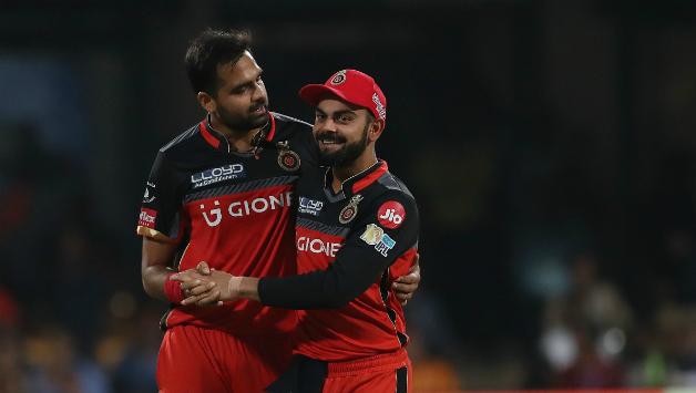 इन गेंदबाजों के नाम दर्ज हैं आईपीएल के हर सीजन में पहला विकेट लेने का रिकॉर्ड 10