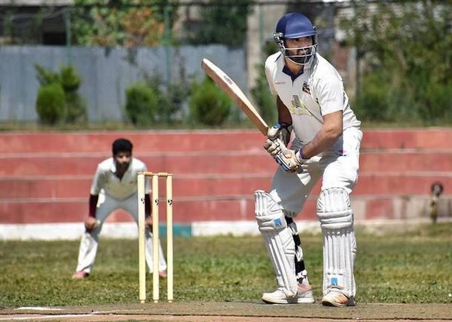 विडियो: एक भी आईपीएल मैच ना खेलने वाले इस खिलाड़ी की फैन्स फॉलोइंग को देख सहवाग भी रह गये हैरान, KXIP के इस खिलाड़ी को दिया 'बाहुबली' का नाम 2