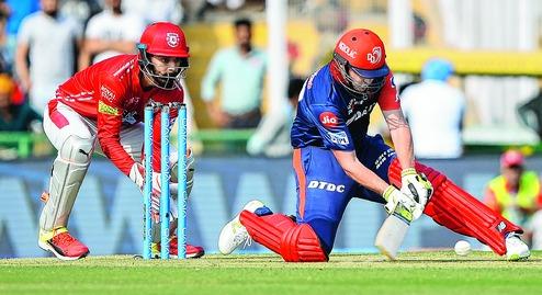 IPL 2018: दिल्ली डेयरडेविल्स का ये खिलाड़ी बिना खेले ही लगातार 2 बार हो चूका आउट 42