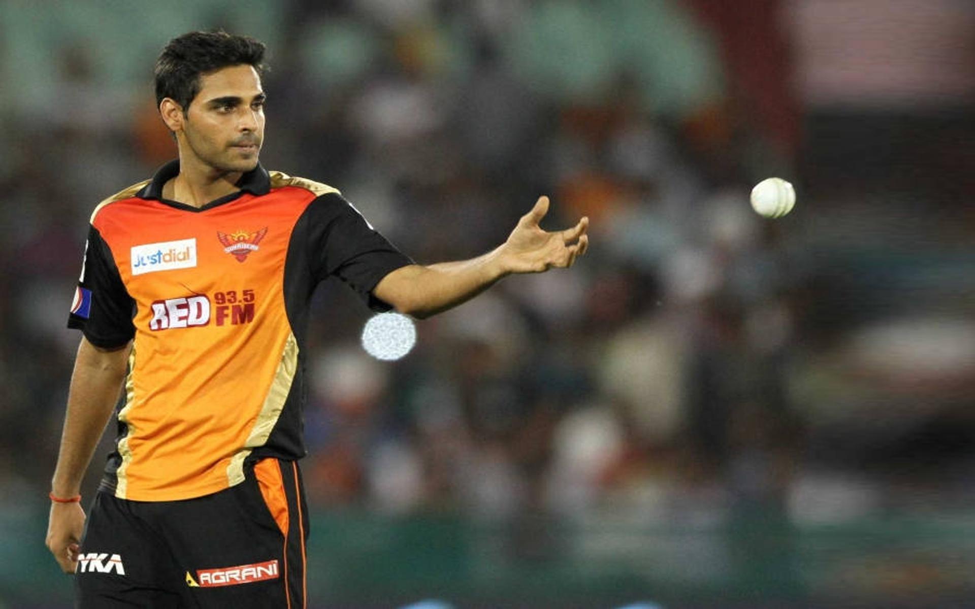 IPL 2018: अजिंक्य रहाणे और भुवी को लेकर विवादित बयान देकर फंसे शेन वार्न, लगी फटकार 1