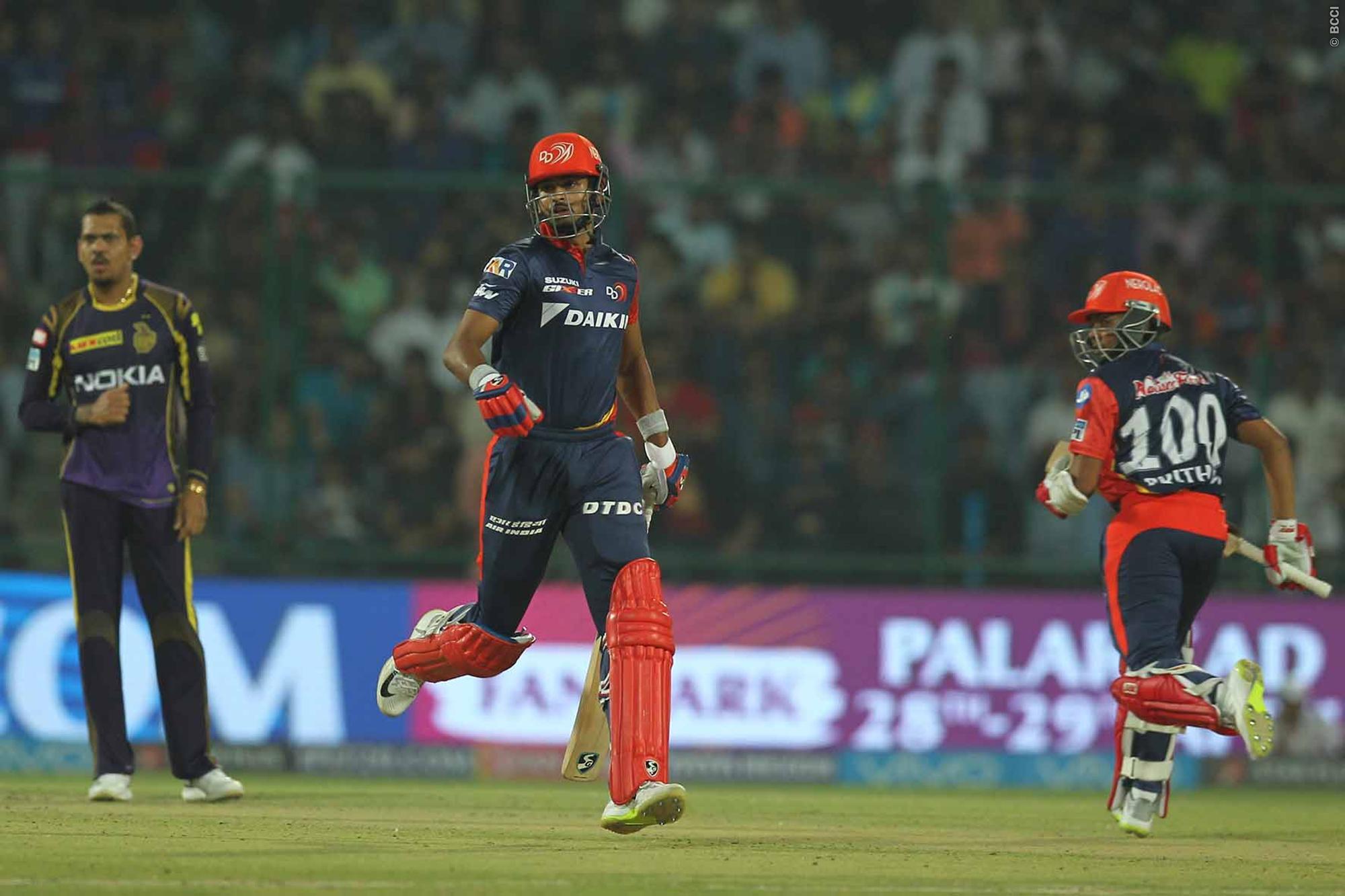IPL 2018: मैन ऑफ़ द मैच लेते हुए कप्तान श्रेयस अय्यर ने कहा कुछ ऐसा भर आई लियाम प्लंकेट की आँखे 2