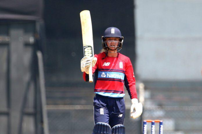 इंग्लैंड की स्टार क्रिकेटर डेनिएल वायट ने इस आईपीएल टीम को बताया अपनी पसंदीदा आईपीएल टीम 4