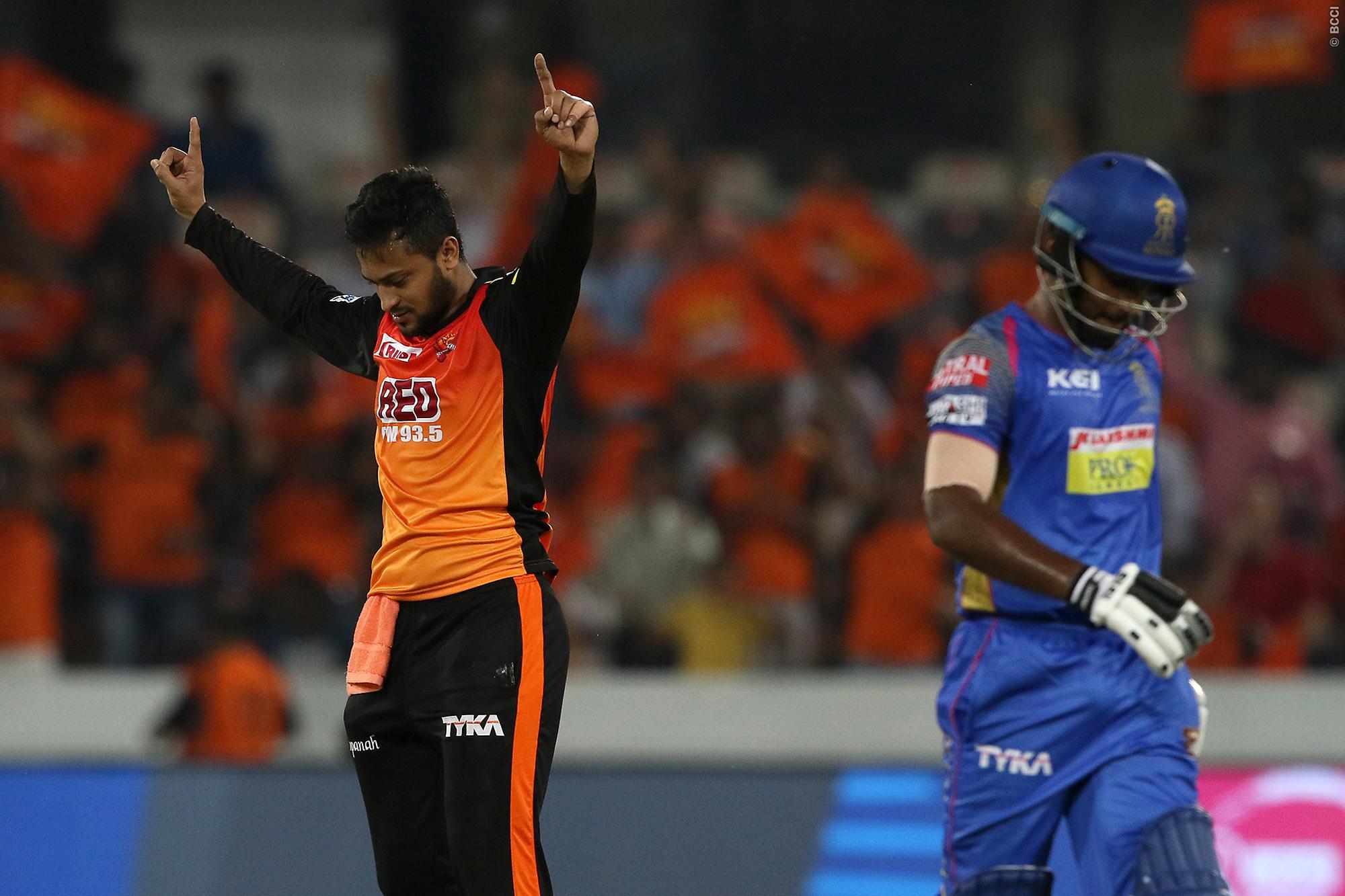 SRHvMI: 4 विकेट लेते ही एक अनोखा इतिहास रच देगे शाकिब अल हसन, आज तक नहीं कर सका कोई भारतीय गेंदबाज 15