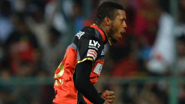 IPL 2019: अगले साल आईपीएल नीलामी में इन 3 गेंदबाजों को किसी भी तरह टीम में शामिल करना चाहेगी आरसीबी 3