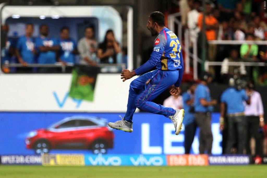 IPL 2018- मैच के शुरू होने से पहले ही विराट कोहली की इस गलती की वजह से बैंगलोर ने गंवाया मैच 6