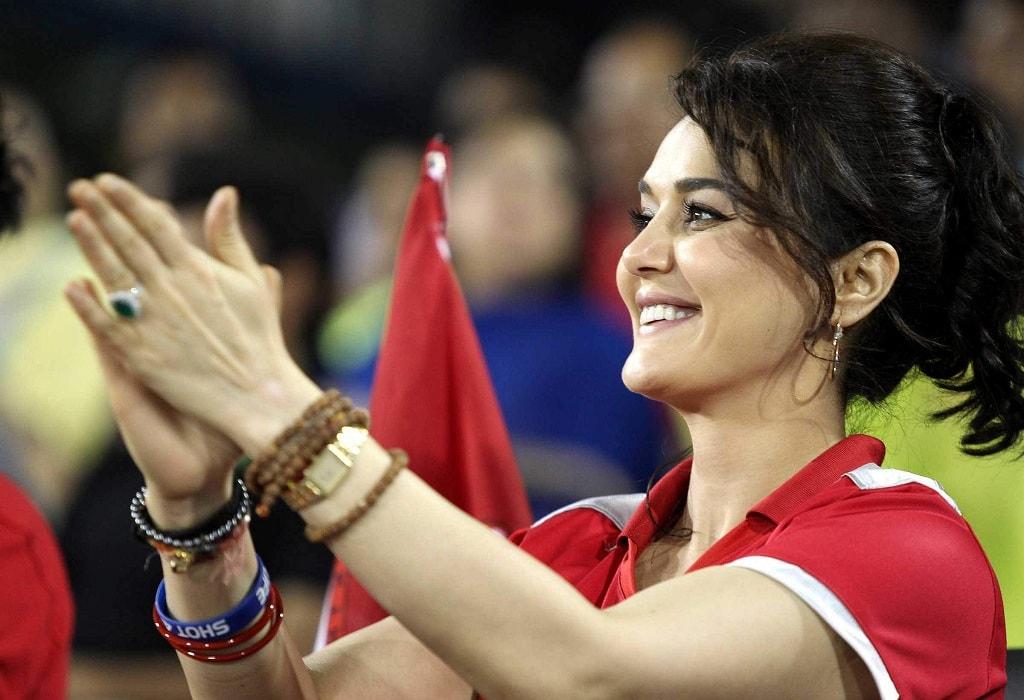 आईपीएल के पहले मैच से ठीक पहले किंग्स XI पंजाब के इस खिलाड़ी ने की शादी, तो काफी खास अंदाज में प्रीटी ने दी बधाई