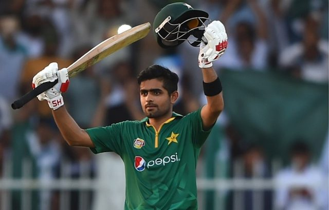 ICC T-20 RANKING : टी-20 रैंकिंग के टॉप पर पहुंचा यह युवा खिलाड़ी, विराट कोहली की रैंकिंग में आई भारी गिरावट 1
