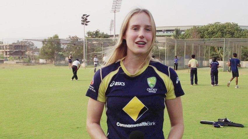 दुनिया की सबसे खूबसूरत महिला क्रिकेटर ने भारत और भारतियों के लिए कही दिल छु जाने वाली बात 4