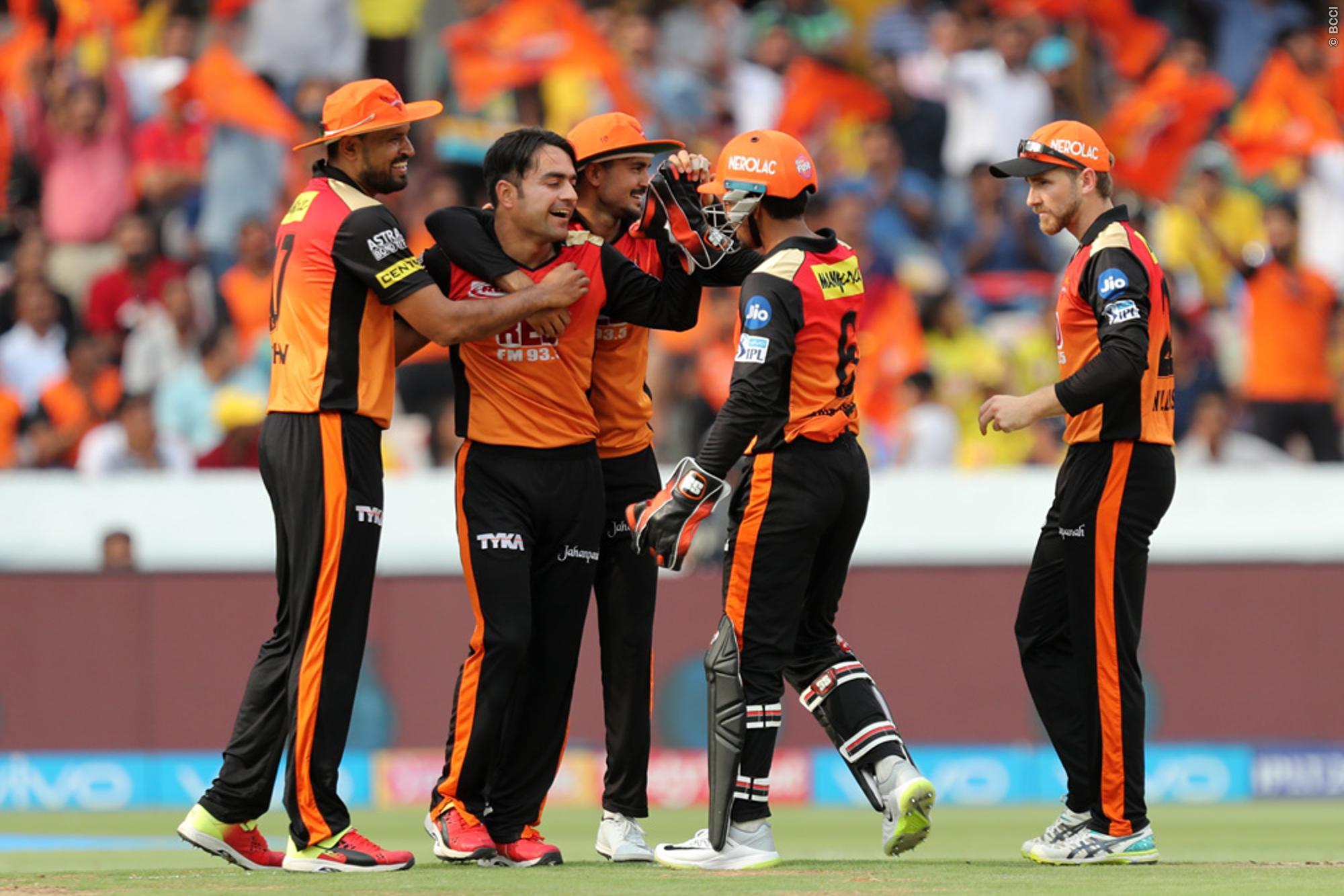 STATS: हैदराबाद और चेन्नई के बिच मैच में बने कुल 6 ऐतिहासिक रिकॉर्ड, लेकिन रैना ने कोहली को छोड़ा पीछे 2