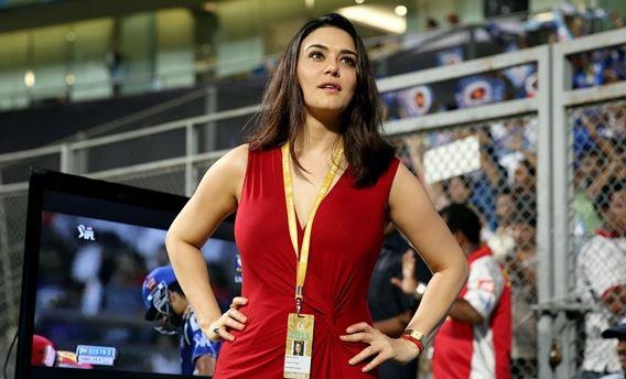 पंजाब की हार से दुखी प्रीति जिंटा ने प्लेऑफ में पहुँचने वाली टीमों के लिए कहा कुछ ऐसा 1
