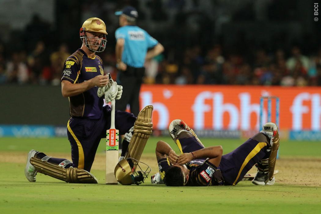 बुरी खबर: बैंगलोर से जीतने के साथ ही कोलकाता को लगा बड़ा झटका, शानदार फॉर्म में चल रहा यह बल्लेबाज हुआ चोटिल 44