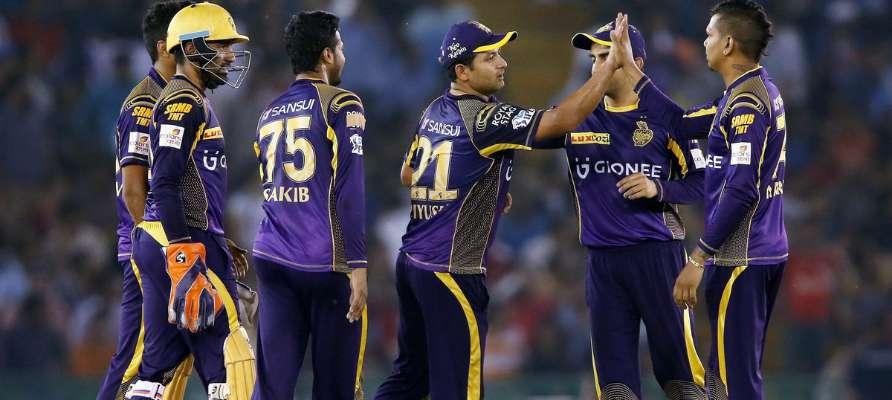 दिनेश कार्तिकने खिलाड़ियों को प्रेरित करते हुए आगे बढ़कर टीम का नेतृत्व किया : सुनील गावस्कर 45