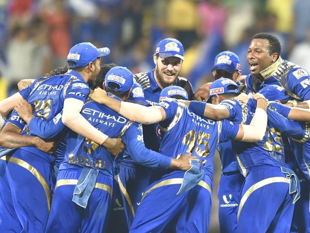 130 मीटर लम्बा छक्का लगा लाइमलाइट में आये मुंबई इंडियंस के इस खिलाड़ी ने किया सन्यास की घोषणा 66