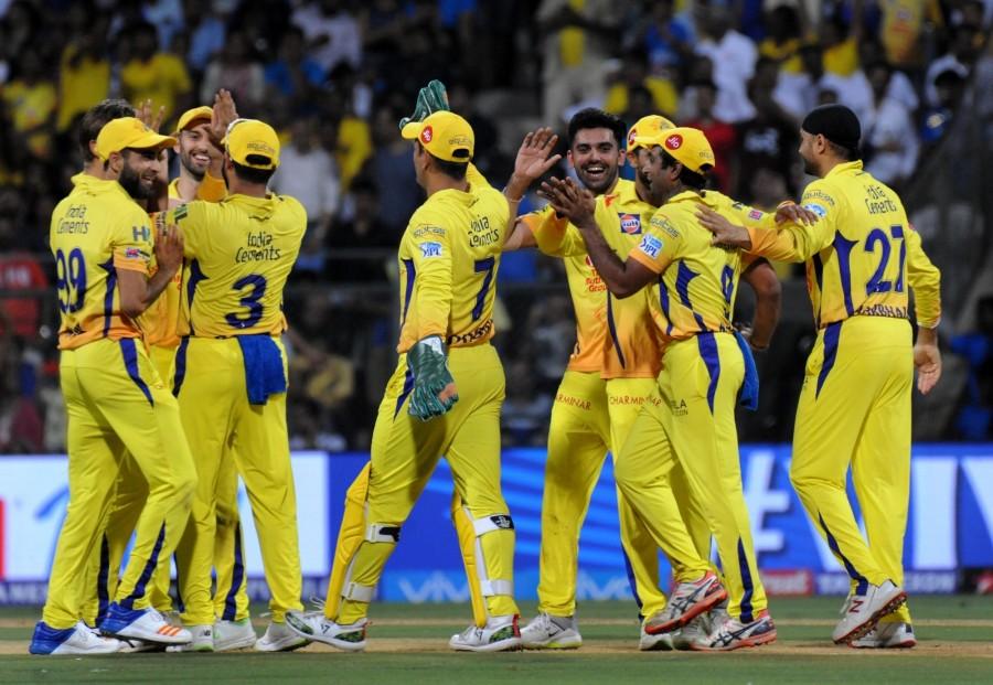 चेन्नई सुपर किंग्स के तीसरी बार आईपीएल चैम्पियन बनने पर अश्विन ने ख़ास अंदाज में दी महेंद्र सिंह धोनी को जीत की बधाई 2