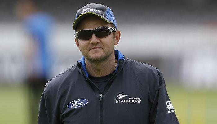 न्यूजीलैंड के कोच माइक हेसन ने कहा जीतना है तो विराट और रोहित को 15 गेंद के अंदर करना होगा आउट 2