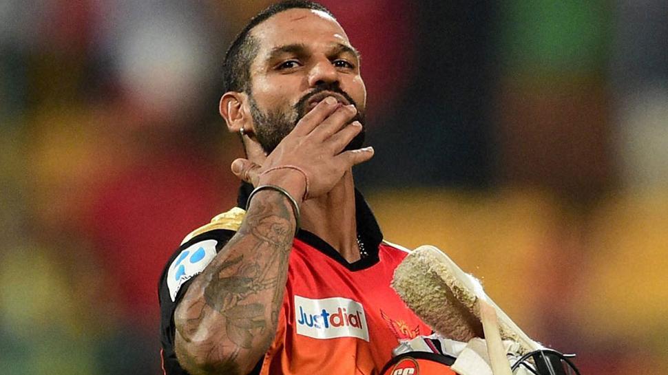 प्लेऑफ की रेस से पहले सनराईजर्स हैदराबाद के सलामी बल्लेबाज शिखर धवन ने जतायी ये बड़ी इच्छा