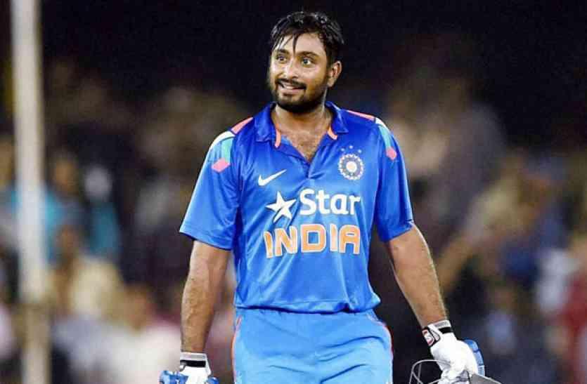 बड़ी खबर : यो-यो टेस्ट में फेल हुए अम्बाती रायडू की जगह इंग्लैंड के खिलाफ वनडे सीरीज के लिए दिग्गज भारतीय खिलाड़ी की टीम में वापसी 9
