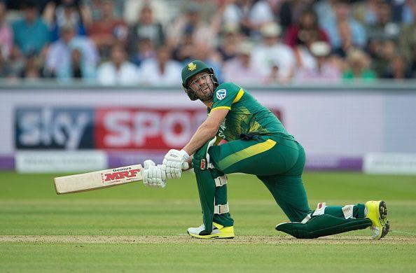 एक बार फिर हो सकती है एबी डिविलियर्स की अन्तर्राष्ट्रीय क्रिकेट में वापसी, ये रही वजह 5