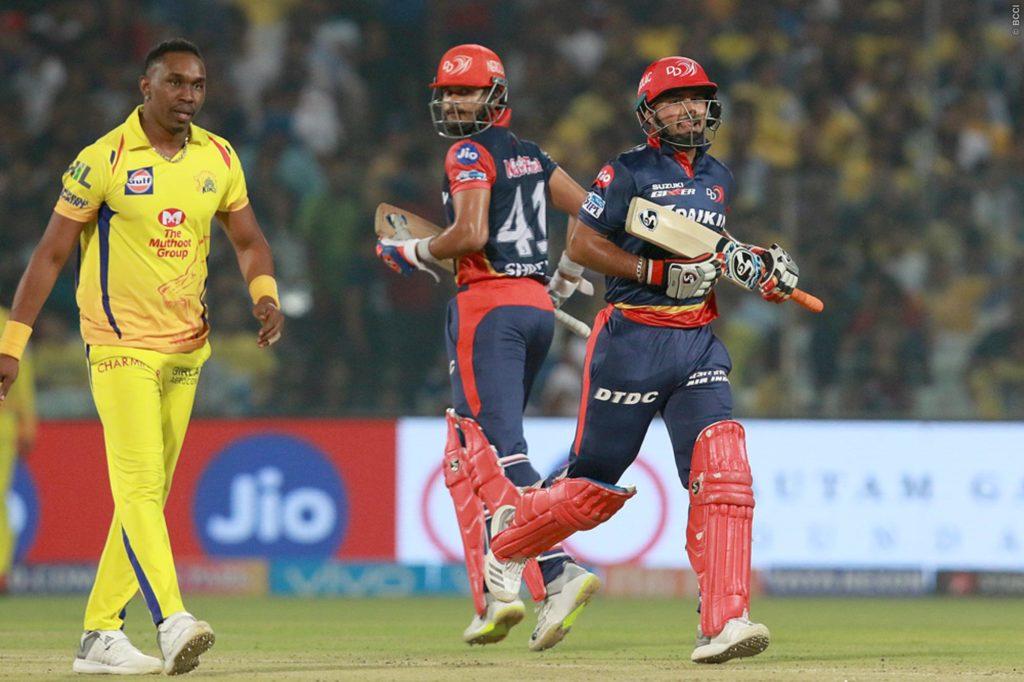 पॉइंट टेबल: चेन्नई के खिलाफ जीतकर प्ले ऑफ का खेल बिगाड़ गयी दिल्ली, अब ये 4 टीम कर रही क्वालीफाई 2