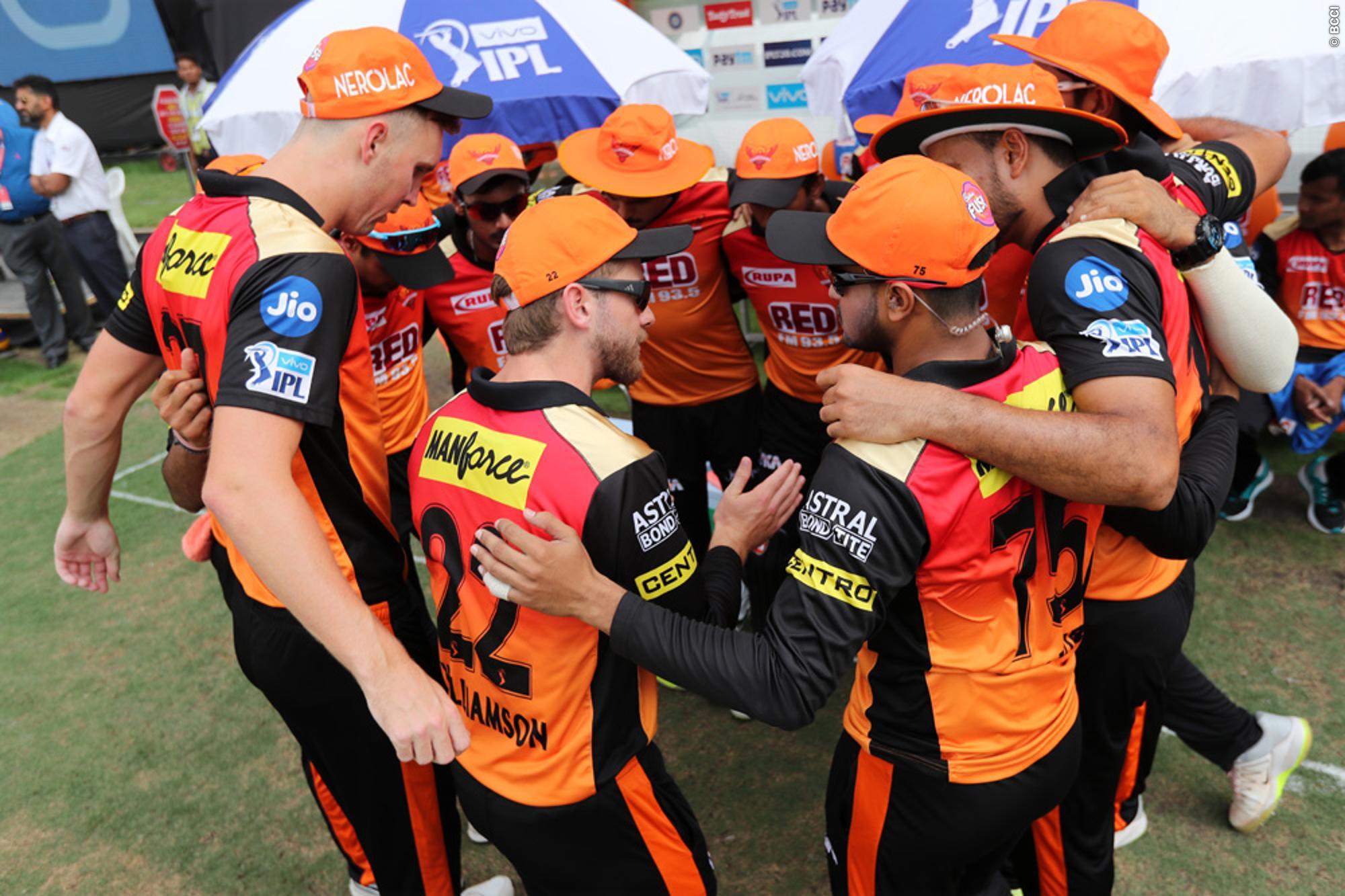 IPL 2018- ये हैं वो पांच कारण जिससे सनराईजर्स हैदराबाद की टीम चेन्नई सुपर किंग्स को दे सकती है मात 42