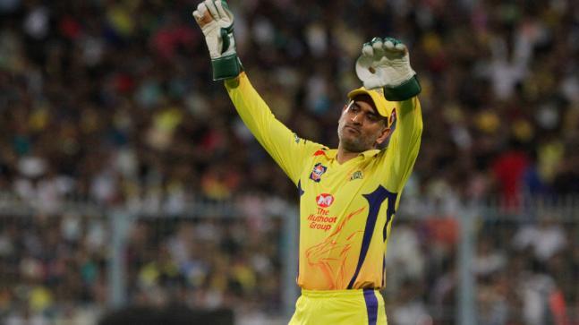 सुरेश रैना ने खोला राज क्यों राजस्थान के खिलाफ मैच के दौरान गुस्से में धोनी ने फेंकी थी गेंद