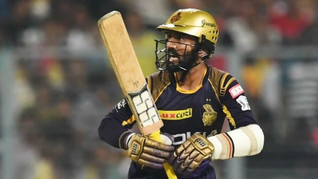 केकेआर के लिए दिनेश कार्तिक अपनी शानदार बल्लेबाजी के दम उथप्पा, गंभीर और सौरव की श्रेणी में आए 35