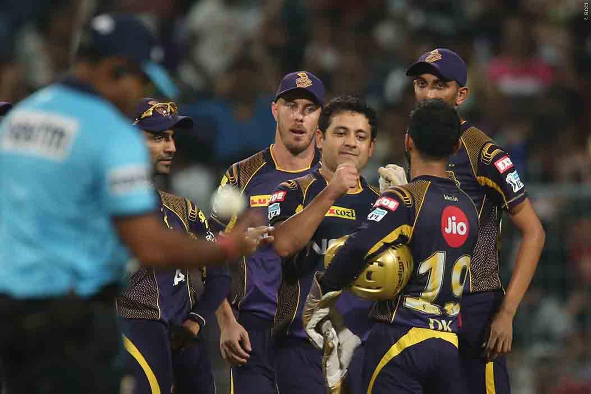 राजस्थान की हार के बाद लोगो ने रहाणे पर उतारा अपना गुस्सा, वही सर जडेजा ने रहाणे की धीमी बल्लेबाज़ी का उड़ाया मजाक